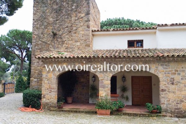 country house in Calonge