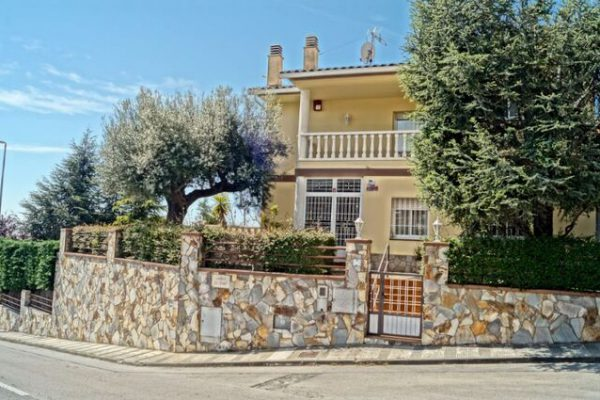 country house in Mataró